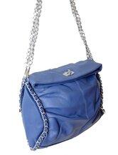 voorkant blauwe tas